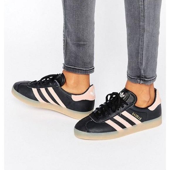 Adidas, gazelle, size 7, black and pink, gum sole